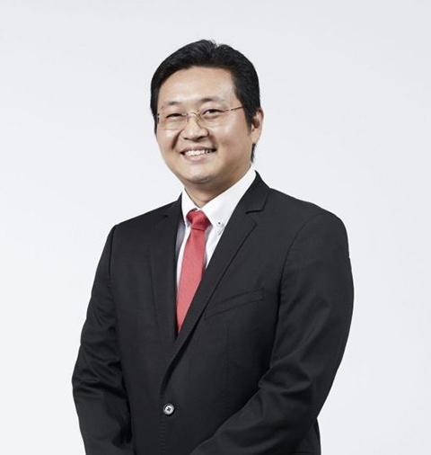 Mr-Roger-Tan